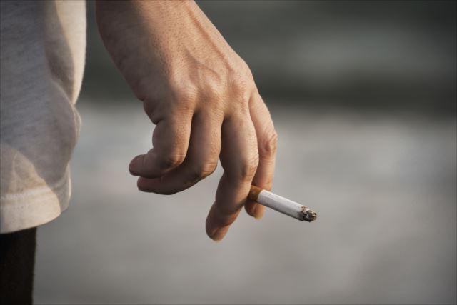 現代社会における自由な喫煙のために。電子タバコの勧め